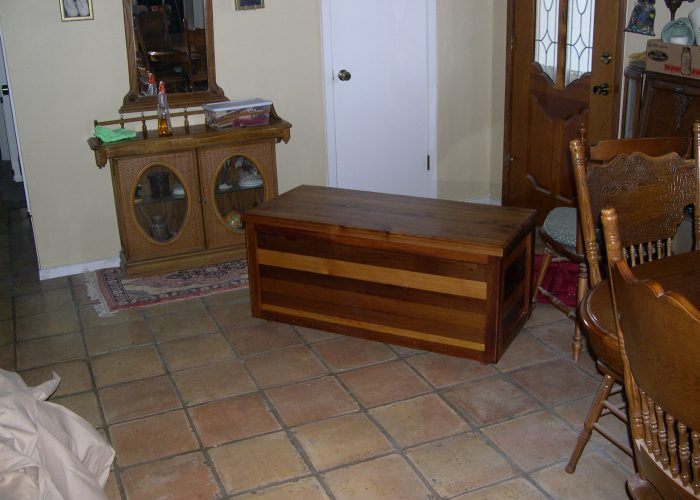handmade furniture blanket chest3