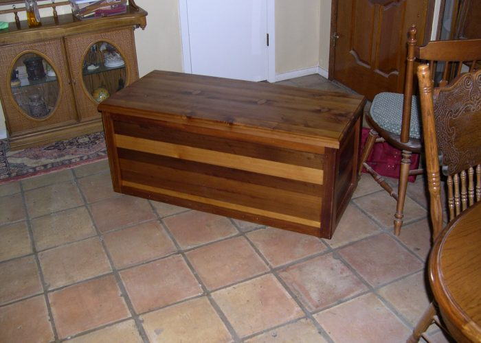 handmade furniture blanket chest2